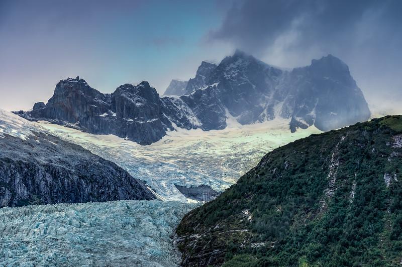 Patagonia 2018-02869_70_71hdr.jpg