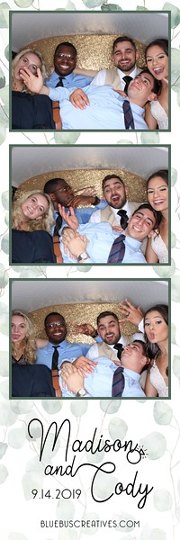 Congrats to Madison and Cody! We had so much fun snapping pics at their big day! We hope you all enjoy the photos!  If you are interested in having the PhotoSwagon at your next event learn more at http://www.bluebuscreatives.com