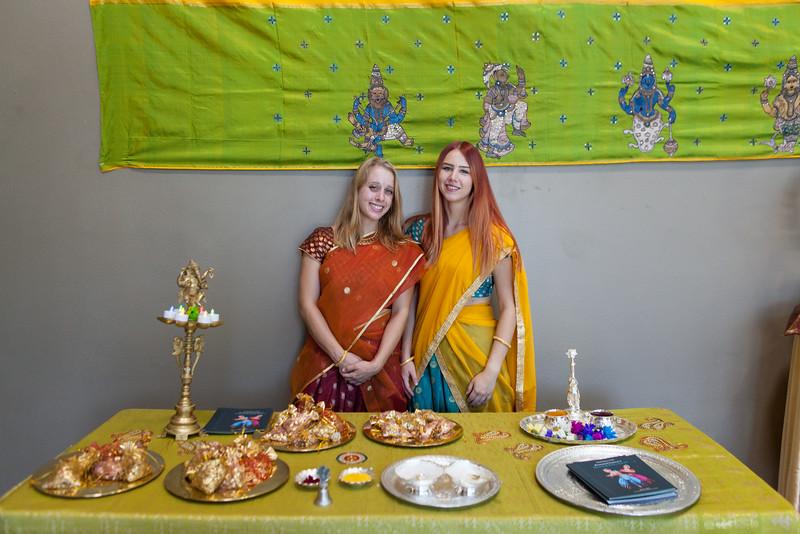 PriyaShreyaDance-0102.jpg