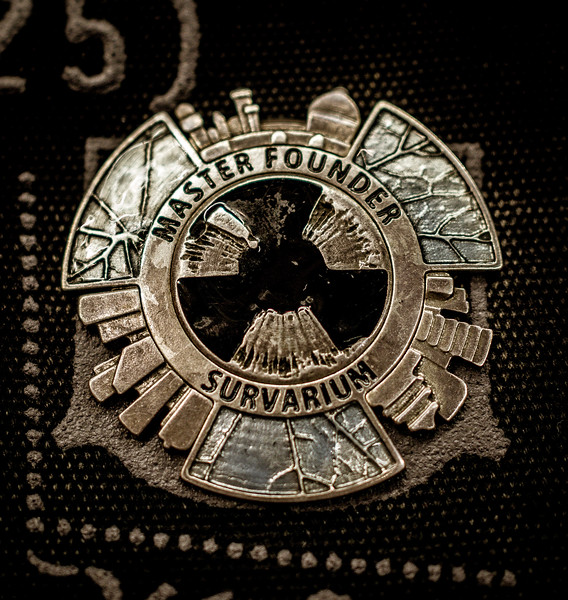 Survarium badge at Gamescom 2015