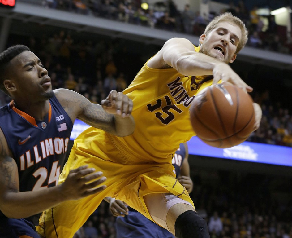 """. <p>7. MINNESOTA GOPHERS <p>Doing their small part to shatter the myth of Big Ten superiority. (2) <p><b><a href=\'http://www.twincities.com/gophers/ci_25186791/gophers-basketball-loss-lowly-illinois-hurts-ncaa-tournament\' target=\""""_blank\""""> HUH?</a></b> <p>    (AP Photo/Ann Heisenfelt)"""