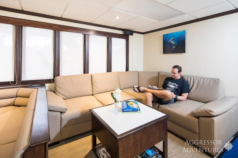 OA2-Yacht4.jpg