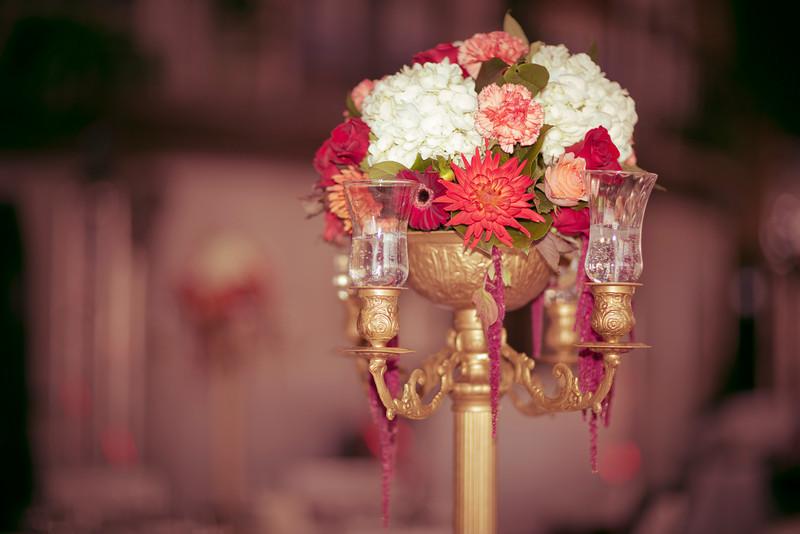 Flower arrangements Centerpiece-7238.JPG