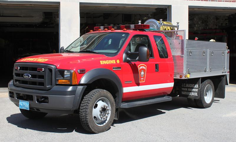 Engine 6 2005 Ford F-550 125/300