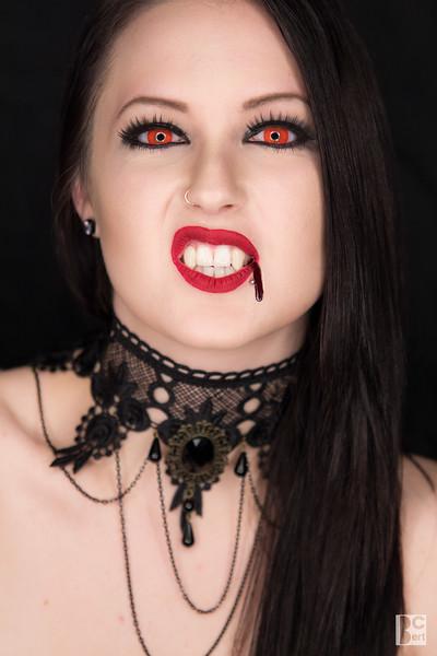2015 Vampire Alexa(5).jpg