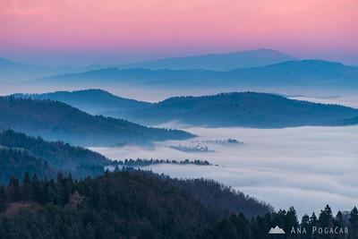 Sunset in the Polhograjsko hribovje hills - Dec 12, 2016