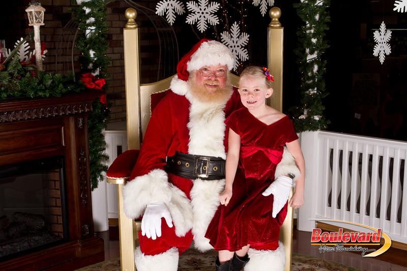 Santa Dec 15-195.jpg