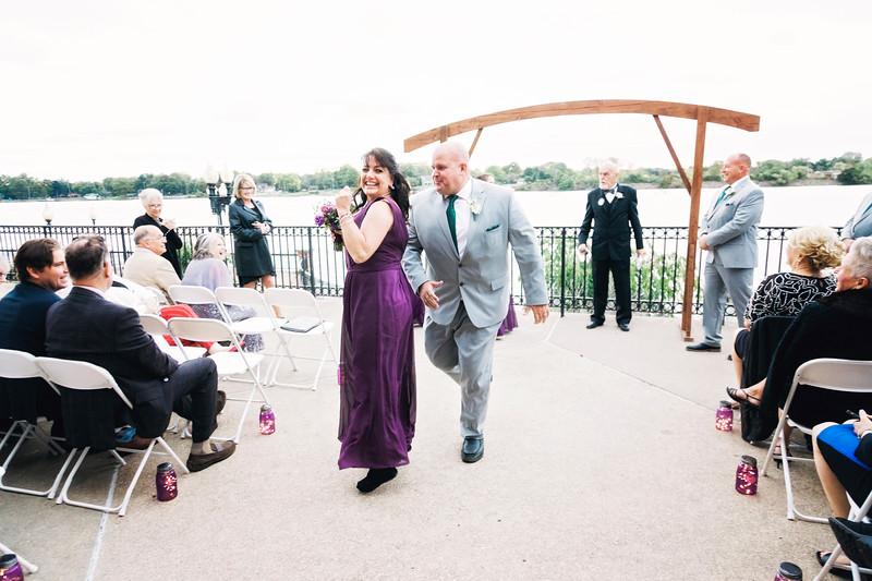 chateau-on-the-river-trenton-michigan-wedding-0312.jpg
