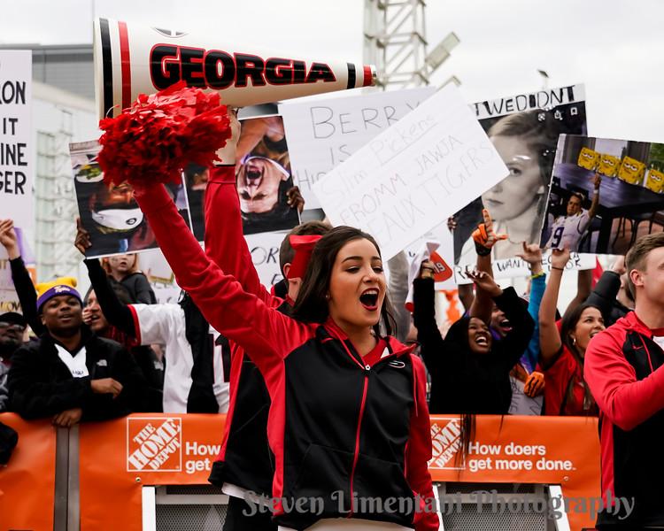 Georgia cheerleader and fans