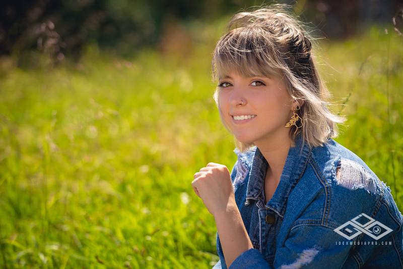 Hannah Senior Portrait-03379.jpg
