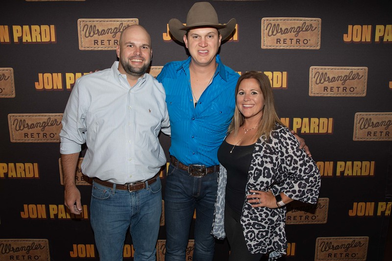 827-jon-pardi_ryman_night1_10_01_19.jpg