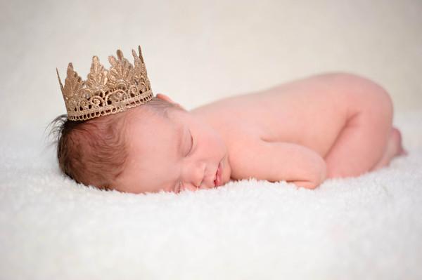 Newborn: Claire