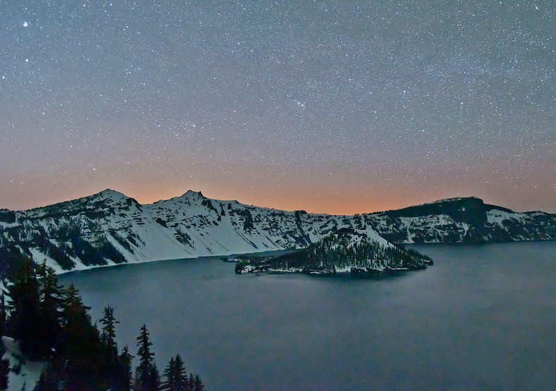 crater_Lake_Night_final_final.jpg