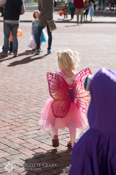 20161029 100 Halloween at Reston Town Center.JPG