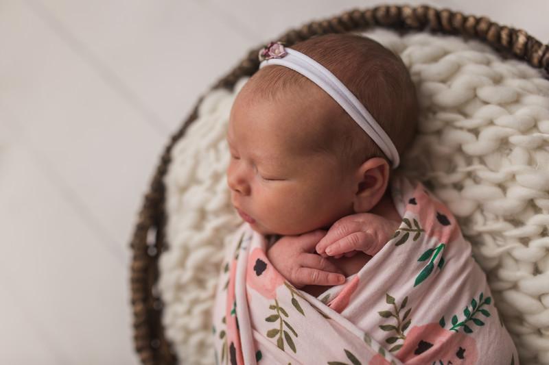 Kaylyn Newborn-34.jpg