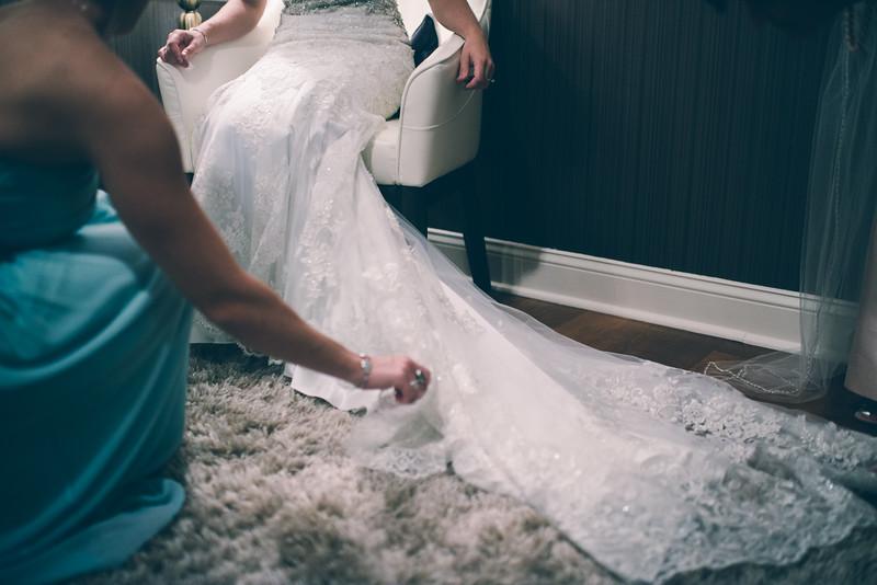 Philadelphia Wedding Photographer - Bernreuther-205.jpg