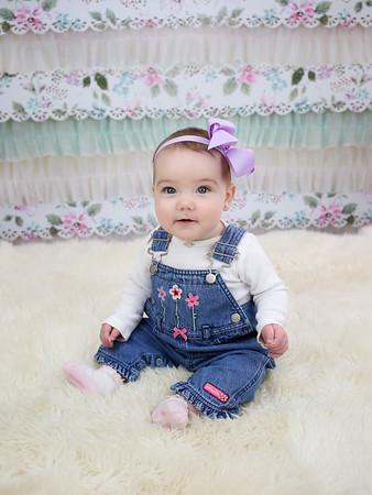 Miss Makynlee 7 Month Peeks