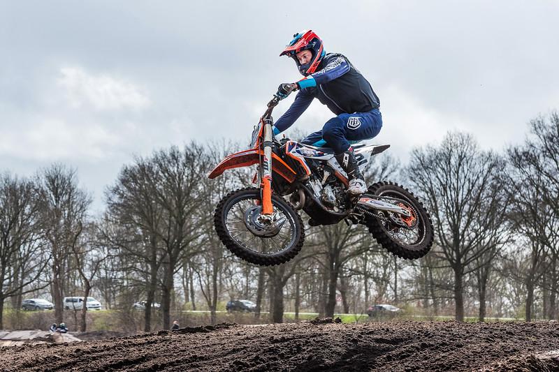 Motorcross AMBC Staphorst, crossbaan A28. © foto: Wim Goedhart
