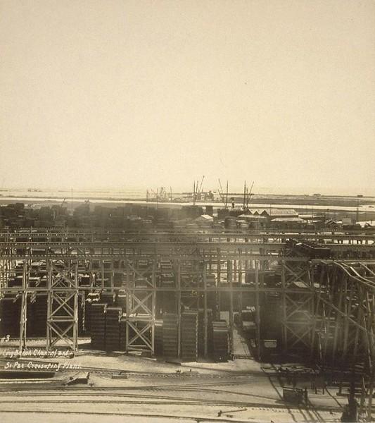 1926-LosAngelesHarbor-SanPedro3-LongBeachChannel&SoPacCreosotingPlant.jpg