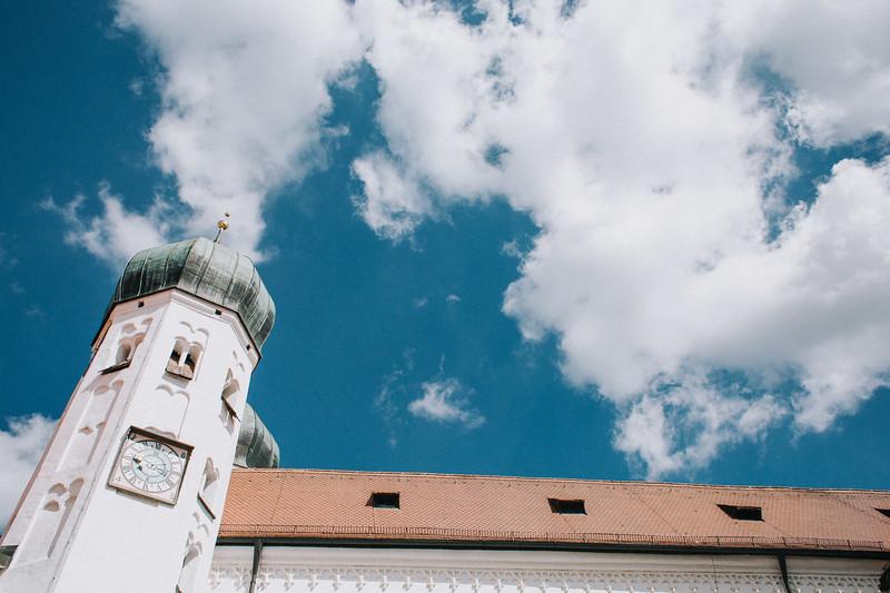 Sommerliche Hochzeit Kloster Seeon (28).jpg
