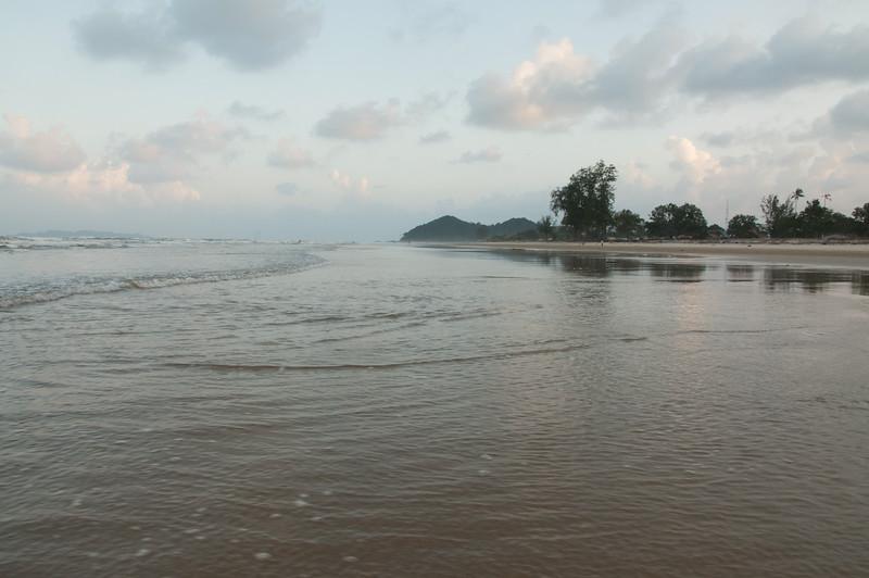 20091208 - 17121 of 17716 - 2009 12 08 001-003 Cendering Beach Shots.jpg