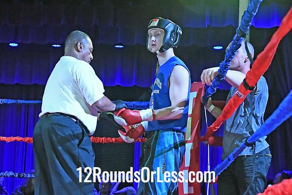 Bout 4 Elvis Torres, Blue Gloves, Old Angle, Cleveland -vs- Ben Jackson, Red Gloves, Wrestling Factory, Winchester, VA, 152 Lbs, Novice