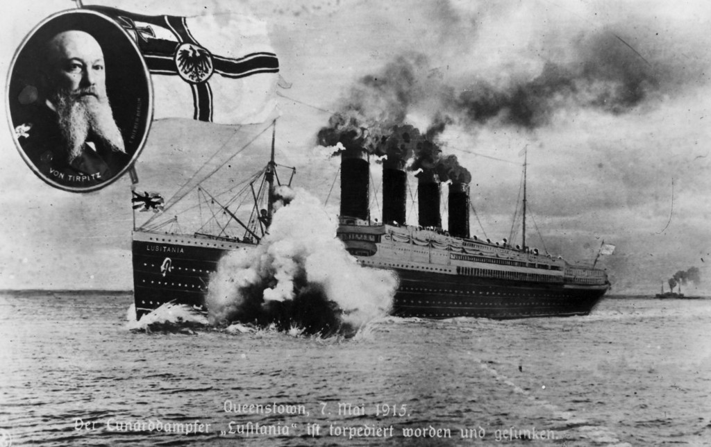 . May 7th, 1915:  The sinking of the Cunard ocean liner \'Lusitania\' by a German submarine off the Old Head of Kinsale, Ireland.   (Photo by Hulton Archive/Getty Images)