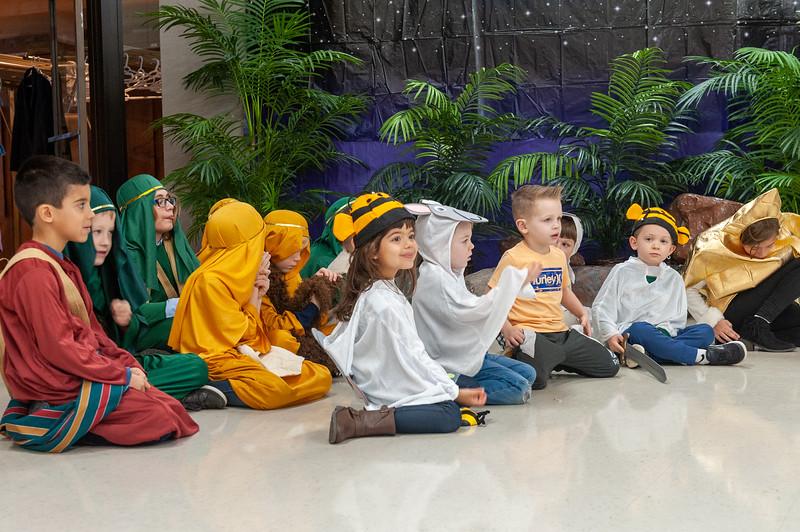 20191209 Faith Children Advent Family Gathering-7985.jpg
