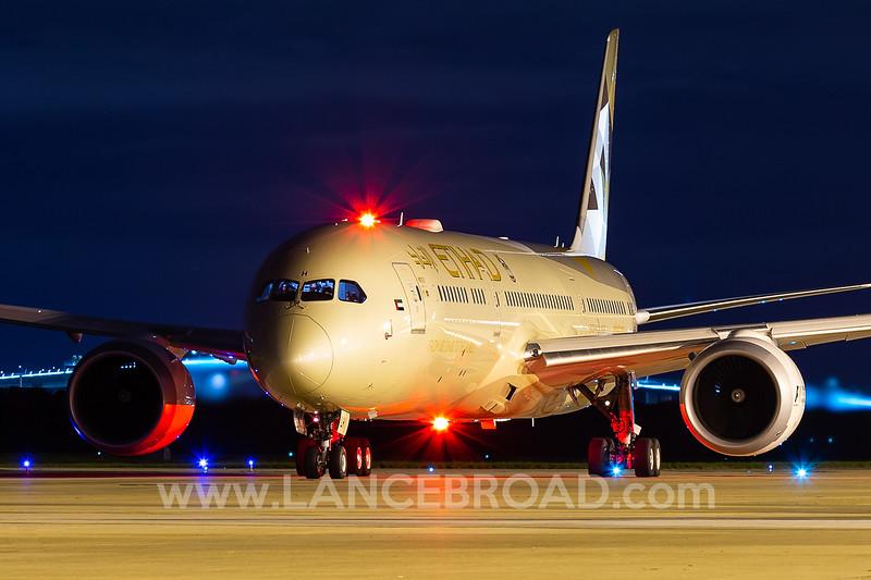 Etihad 787-9 - A6-BLH - BNE
