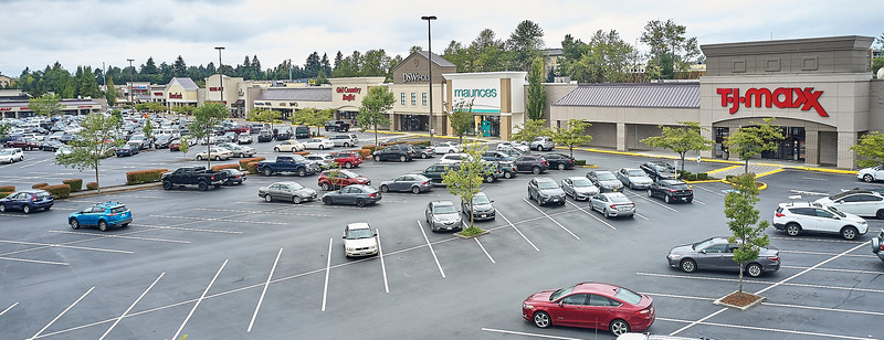 Aerial view of large Federal Way shopping center.