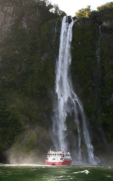 Wasserfall am Milford Sound