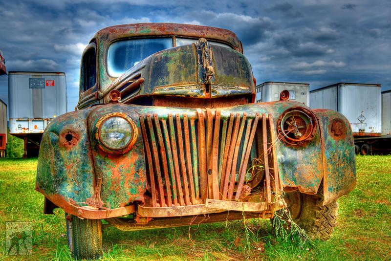 717 Antique Ford Dump Truck 26 LoRes.jpg