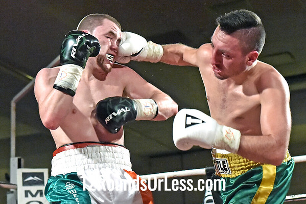 Bout 4 Matt Conway, Pittsburgh, PA, Black Gloves -vs- Eric Palmer, Fairchance, PA, White Gloves, Super Lightweights