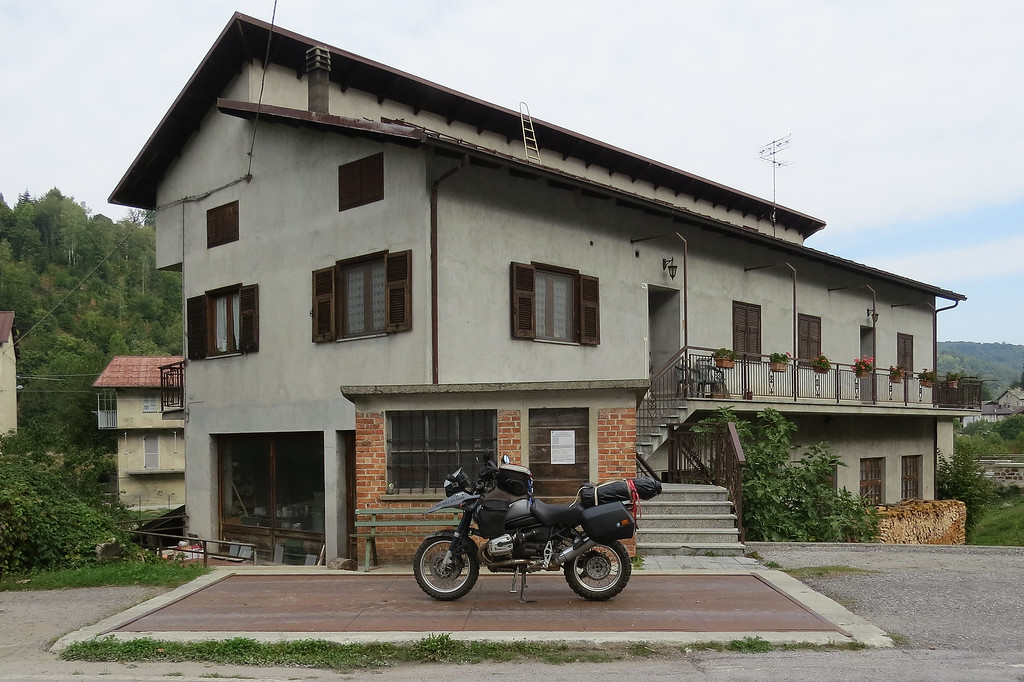 Tussen Mondovi en Garessio vond ik opnieuw die typische Italiaanse kleine dorpjes