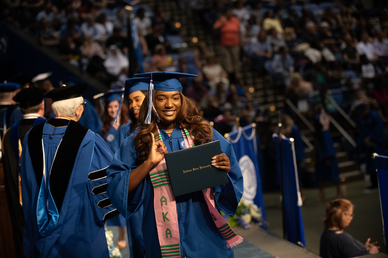 May 11, 2018 commencement -1801.jpg