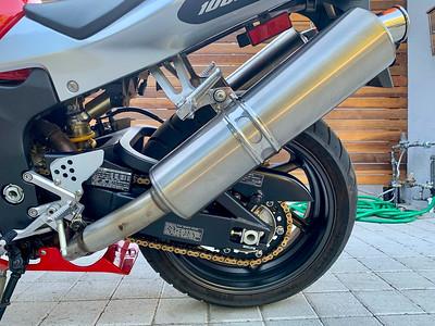 Honda RC51 (SF) on IMA