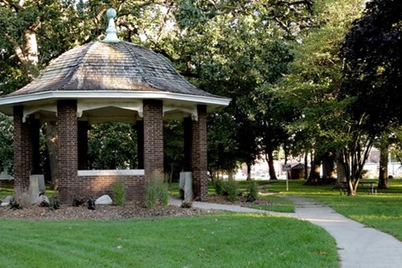 Leal Park