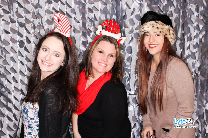 red-hawk-2017-holiday-party-beltsville-maryland-sheraton-photo-booth-0194.jpg