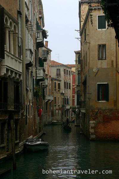 Venice canal (2).jpg