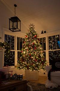 Christmas Decorating 2018