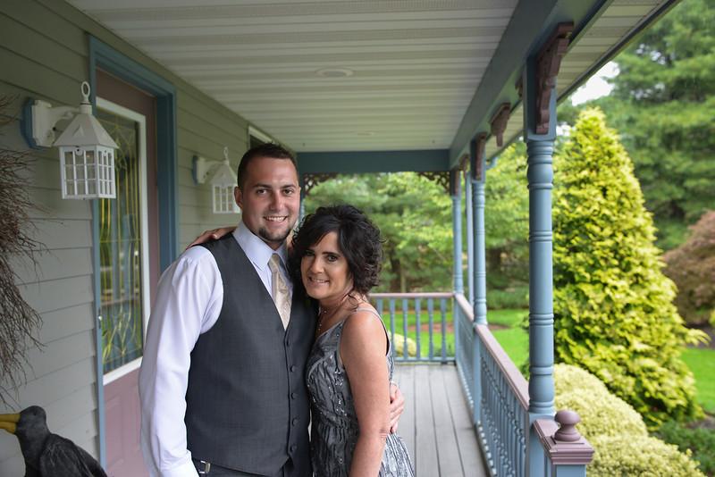 LMVphoto-Ashley and Kevin-161008-1077.jpg
