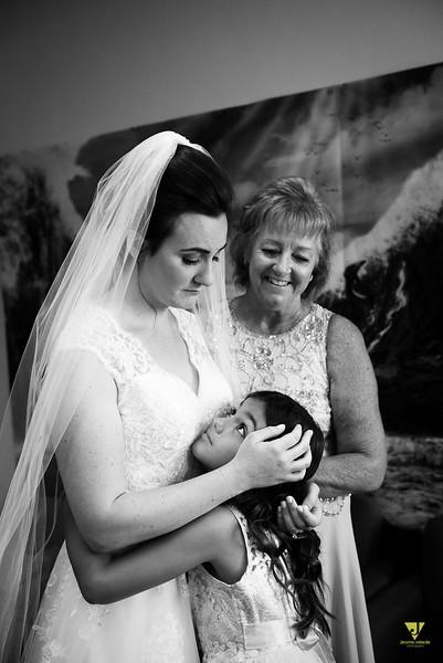 Wedding of Elaine and Jon -068.jpg