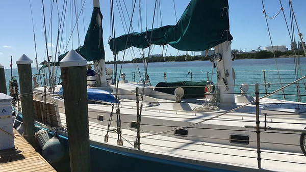CUBA - Sailing