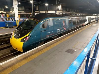 London Stations & Welham Green   20/12/19