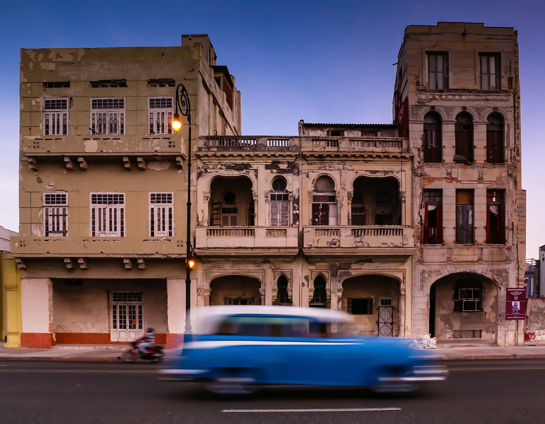 Classic Cars on the Havana Malecon 14