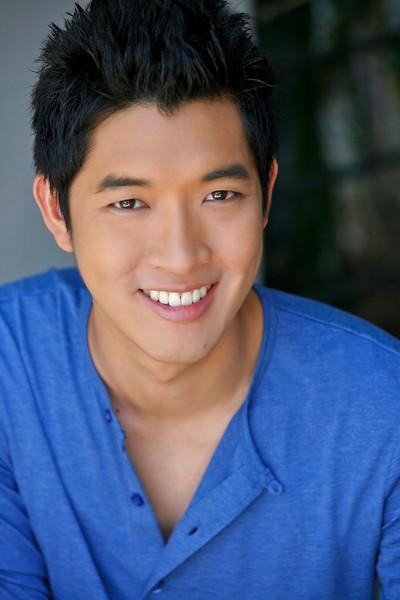 "5' 10"" | Shirt M/L | 167lbs Ethnicity: Thai Skills: Fluent in Thai, Experienced TV and Film Actor. Photographer. Badminton."