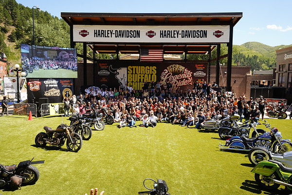 2020 Legends Ride Group Photo