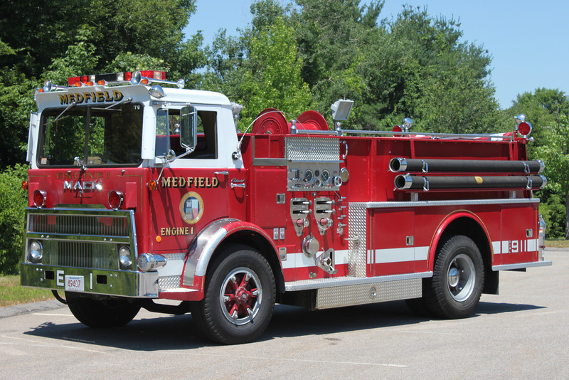 RETIRED  Engine 1 1977 Mack MB / Continental 1000 / 500