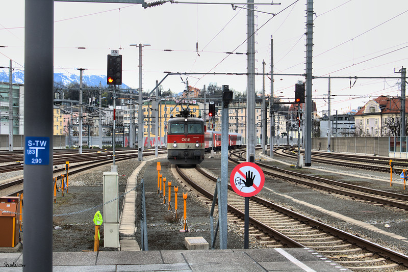 OBB Class 1144 #262 leads a train into Salzburg Hbf. Salzburg, 04/03/2019 This work is licensed under a Creative Commons Attribution- NonCommercial 4.0 International License