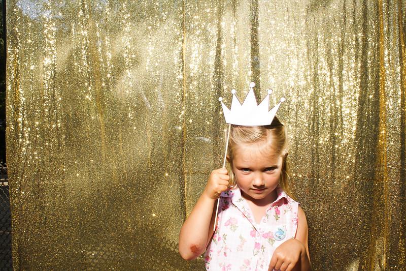 KelseyToddWeddingPhotobooth-0015.jpg